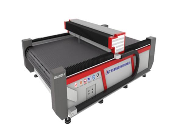 machine de d coupe laser pour coussins gonflables yueming. Black Bedroom Furniture Sets. Home Design Ideas